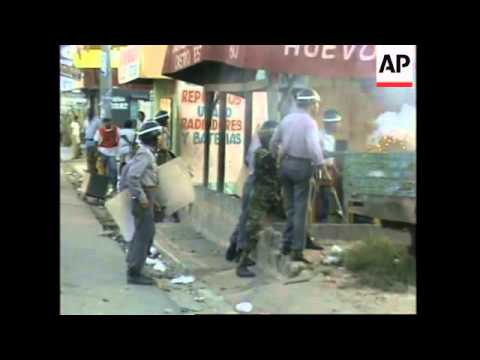 DOMINICAN REPUBLIC: 4 DEMONSTRATORS DIE IN CLASHES WITH POLICE