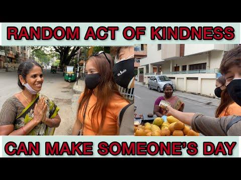 Giving 💵 to Street Vendors Unexpectedly| BANGALORE| SONGASHIM & RUPDA
