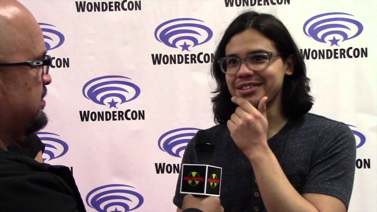 Exclusive: Carlos Valdes Talks About Cisco's Possible Superpowers in THE  FLASH