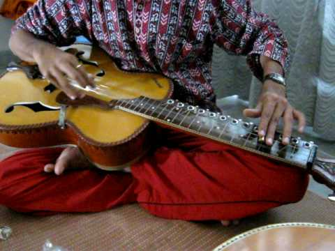 Indian style slide guitar Manish Pingle