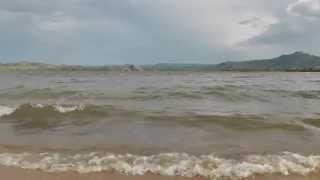 Колыванское озеро (Саввушка) перед дождем(Волны на Саввушинском озере перед дождем 15.07.2013 г. Вода очень теплая, особенно это ощущается в контрасте..., 2013-07-19T06:15:15.000Z)