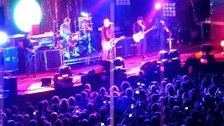Smashing Pumpkins - 02 Silverfuck (live) @ Lisbon 09-12-2011