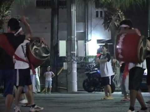 エイサー 安里屋ユンタと優雅な手踊りとのコラボ