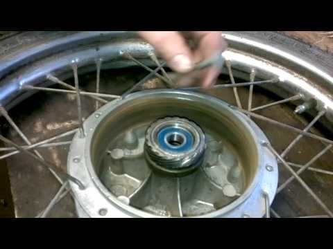 Замена подшипников переднего колеса мотоцикла Минск
