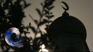 Inside one of the UK's Sharia councils - BBC News