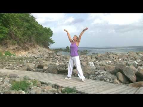 Exercices de gym tout en douceur spécial débutant - YouTube 1f2670c49c7