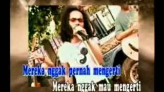 SLANK - KAMU HARUS PULANG ( karaoke original clip )