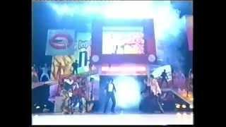 Michael Jackson makes a killer surprise performance during nSYNC's ...
