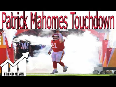 Patrick Mahomes Breaks Peyton Manning's NFL Record for Most TDs in 1st 3 Weeks