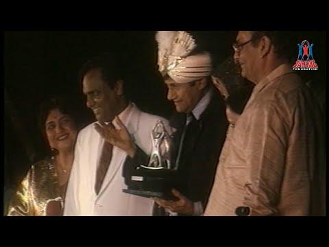 "Sahyog Foundation presents ""Dev Anand's - Navketan Awards Nite"""