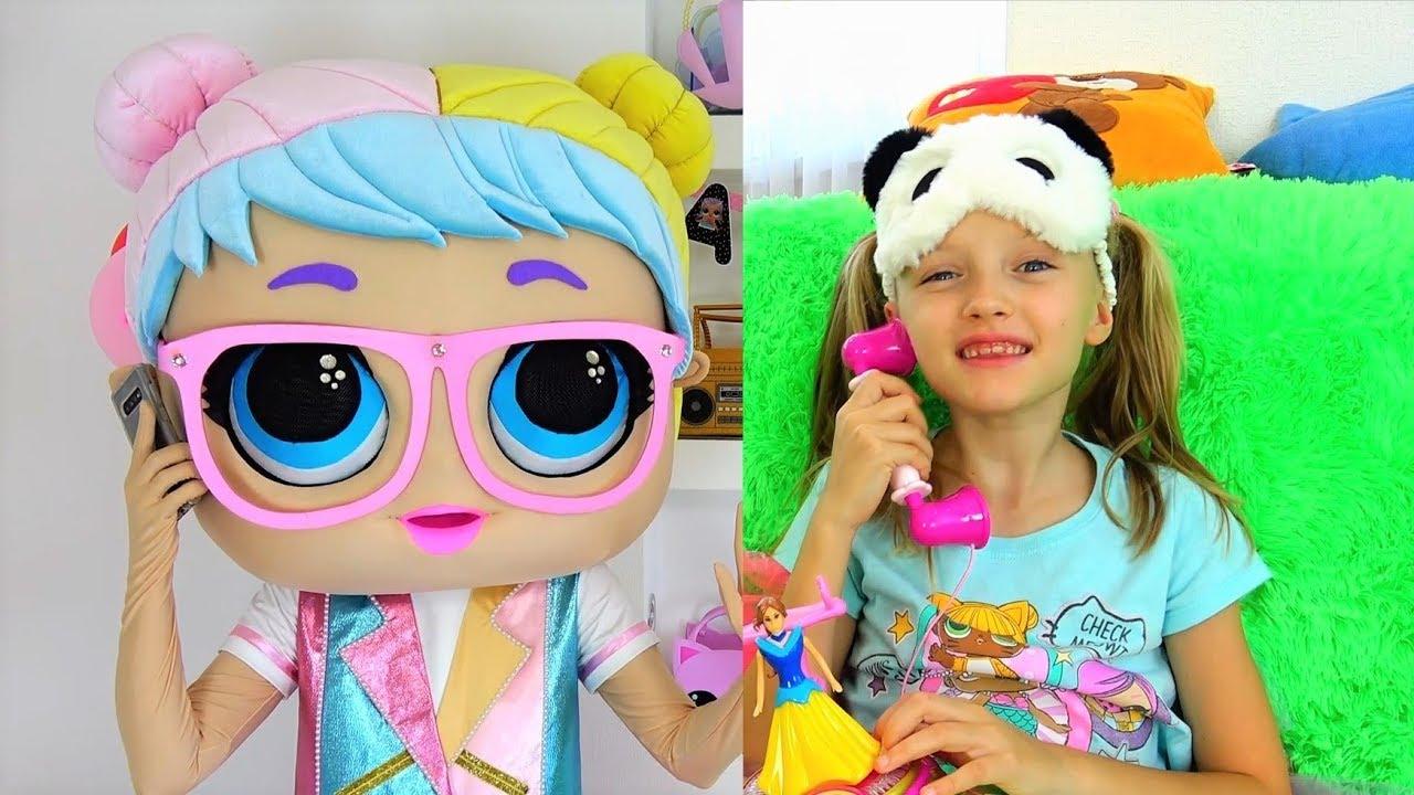 Полина идет на День Рождения куклы ЛОЛ