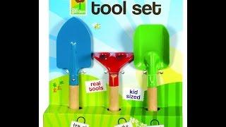 Review: Kid's 3-Piece Garden Tool Set