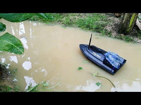 Flytec 2011-5 Bait Fishing Boat With Two Fish Finder 1.5kg Loading - Best Value 2019