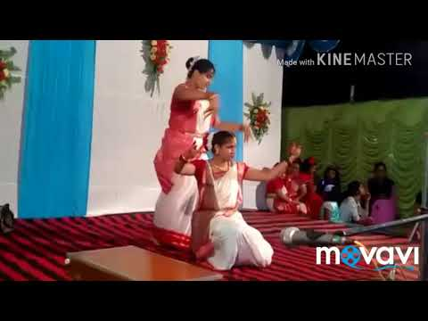 Dance on Ma go tumi sorbojonin song    trully beautiful    please watch   