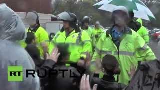 После очередных протестов в американском Фергюсоне арестовано почти 50 человек