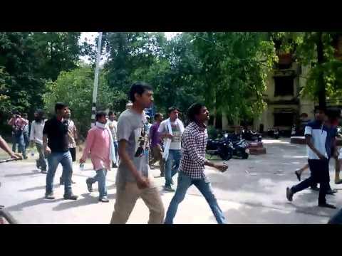 Raghu attacked at BHU