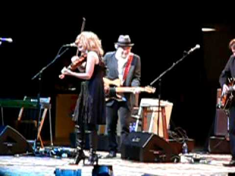 please read the letter alison krauss amp robert plant read the letter 24016 | hqdefault