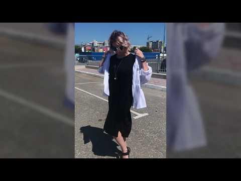 Женская летняя ветровка с капюшоном