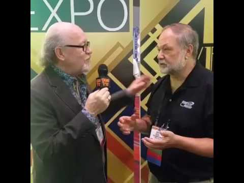 Scott Fresener interviews Greg Kitson/Minds Eye Graphics at SGIA 2016 in Las Vegas