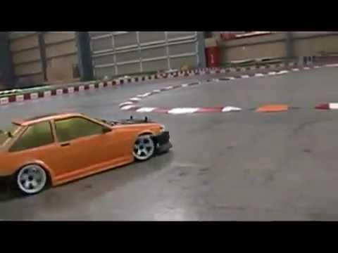 แข่งดริฟรถบังคับใน JAPAN