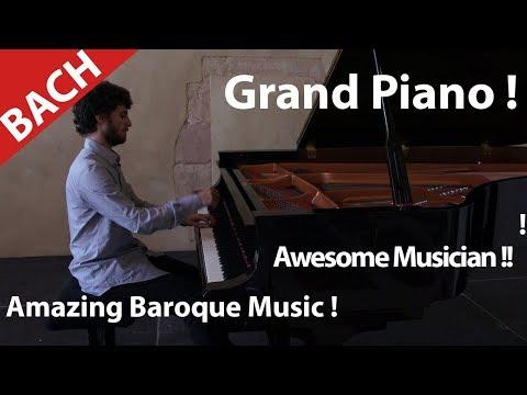 Jean Sebastien Bach ? Piano ! Do you Love Baroque or classical music ? Musician Play Bach and Mozart
