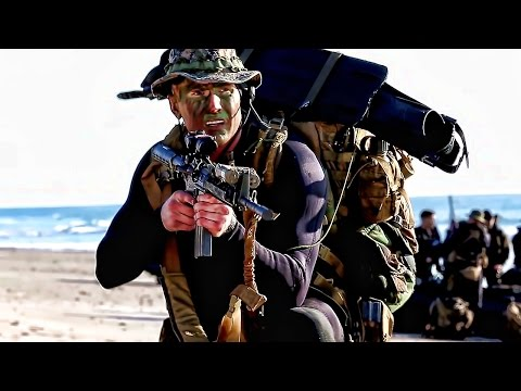 Marine Corps Recon & Amphibious Forces Work Together
