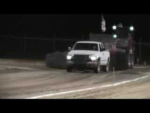Ryan Crawford Lawrence County, IL Duramax Diesel Sled Pull 08