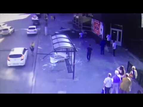 В Волгограде опубликовано видео ДТП с 2 погибшими на площади Чекистов