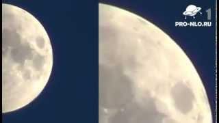 НЛО на Луне. Реальная съёмка. UFO on the moon(5 неопознанных летающих объектов были засняты на Луне. ○ Присылайте нам видео с НЛО. Самые интересные мы..., 2012-08-24T09:11:18.000Z)