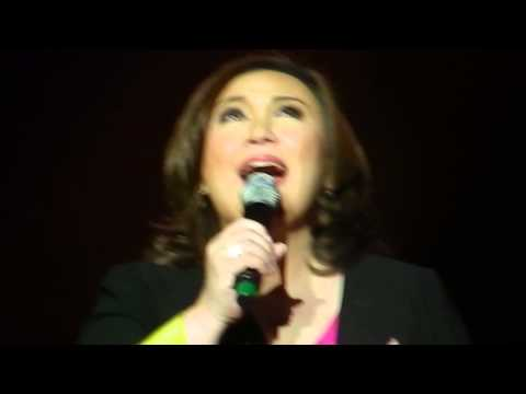 "Sharon Cuneta sings ""Mr. DJ"""