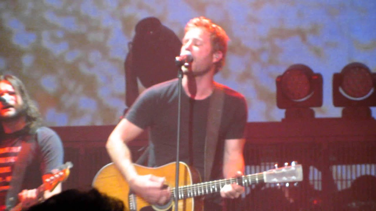 "Dierks Bentley Sings ""Every Mile A Memory"""
