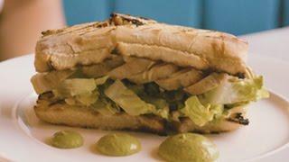 Easy Chicken Sandwich Recipe: How to Gourmet your Lunch Break