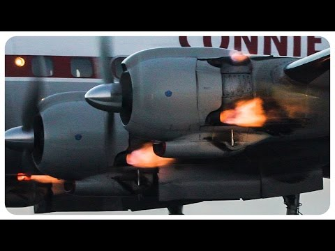 [120FPS] 'Connie' Super Constellation Engine FLAMES at Avalon Airshow 2017
