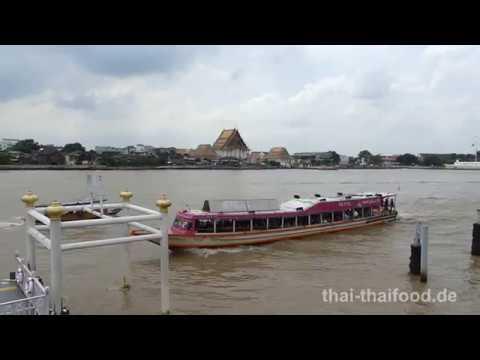 Expressboot am Chao Phraya - orange Linie - orange flag