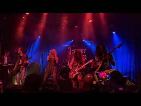 "FIRE TIGER - ""Green Light"" (excerpt) + ""Energy"" W/ Guest Guitarist, JEFF YOUNG"
