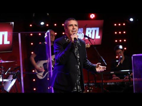 Julien Clerc - On attendait Noël (LIVE) - Le Grand Studio RTL