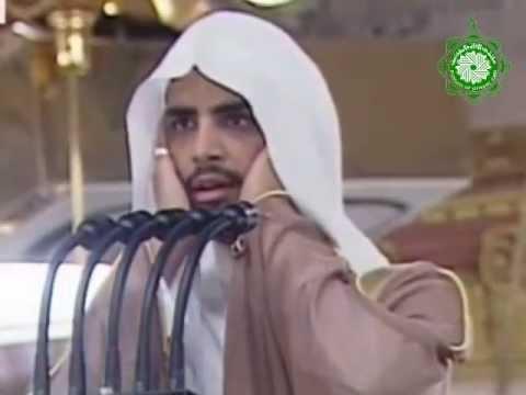 بجمال صوته يصدح من مكبرية الحرم النبوي لـ أذان الجمعة أنه الشيخ عمر سنبل 23-10-1434هـ