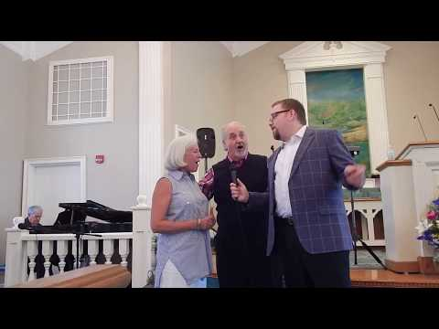Alan Kendall and friends sing Mansion Over the Hilltop
