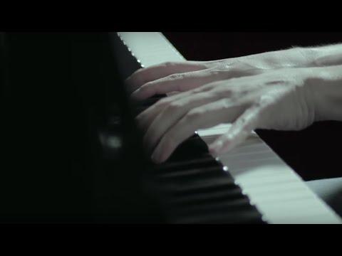 Ludovico Einaudi - Fly - Piano