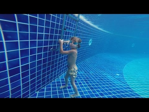 Hotel Pool Jumps Fun - Maldives Holidays