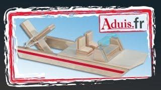 bateau propulsé par élastique