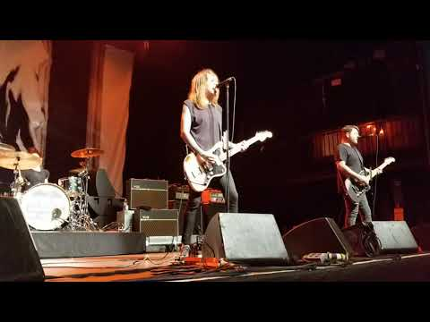 Against Me! - We're Breaking Up (live)