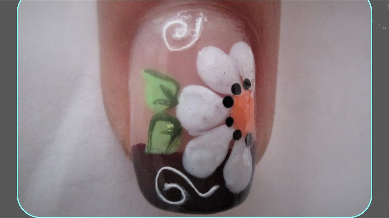 Diseño De Uñas Con Flor Blanca Facil De Hacer Decoracion De Uñas Con Flor Paso A Paso Youtube