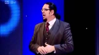Penn And Teller - How to do the sawing a woman in half trick