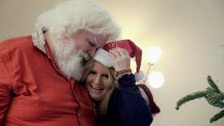 Real Life Santa Looks for Love | Strange Love