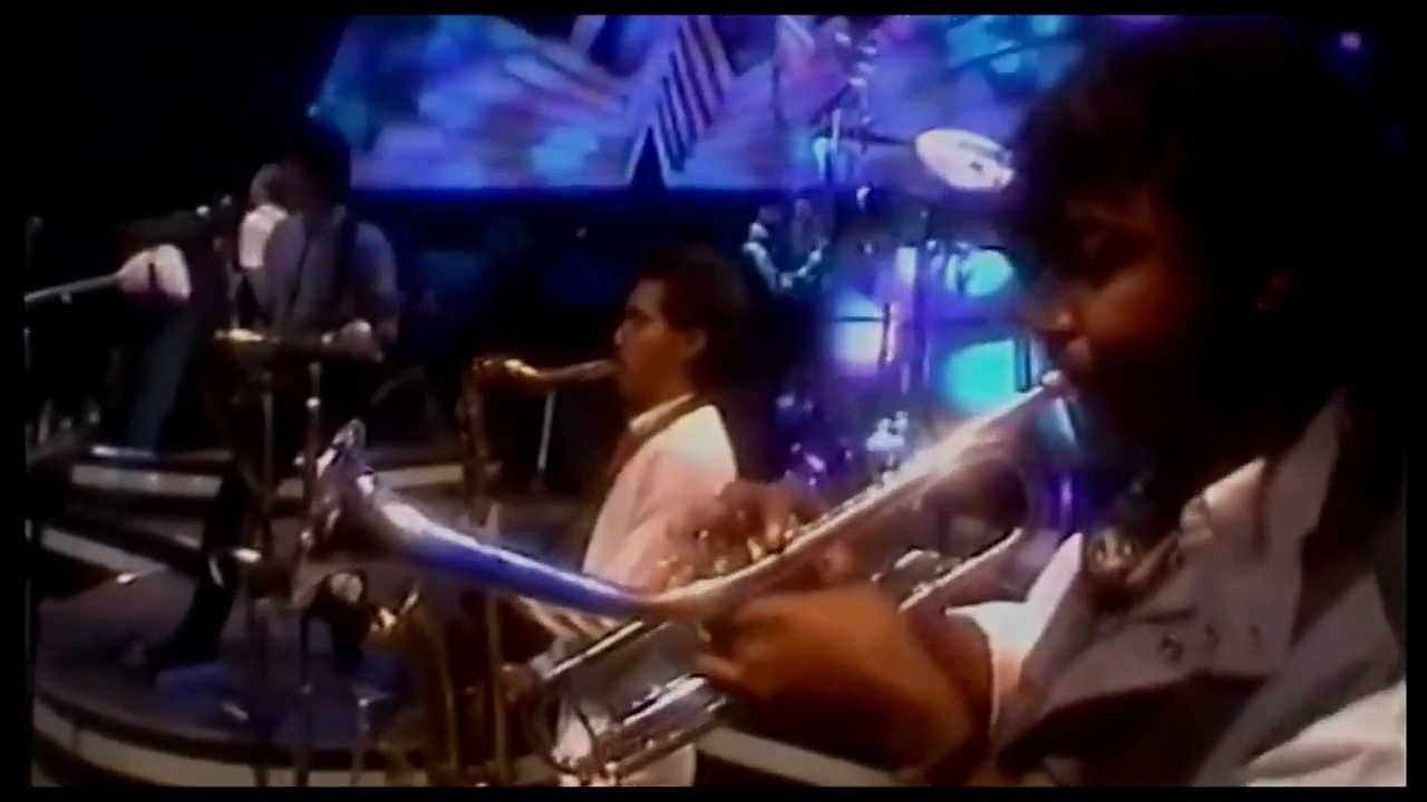 al jarreau - roof garden ☆ live in london • 1984 [hq audio] - youtube