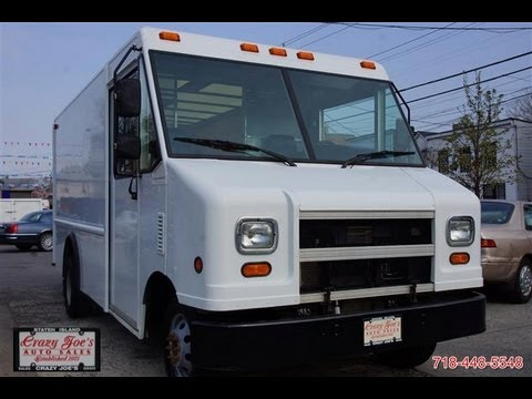 2006 Ford E350 Step Van Dually - YouTube