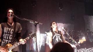 Alice Cooper Live Concert - Clones (We