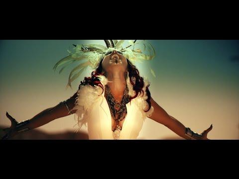 LUYANNA feat. BOBBY KIMBALL - La Distancia
