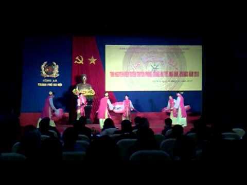 Màn chào hỏi cuộc thi phòng chống ma túy thành phố Hà Nội của huyện TT năm 2010
